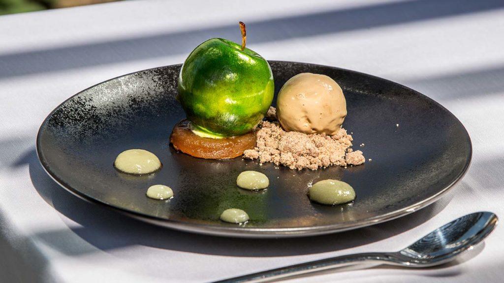 Restaurant Akashon Dessert Cuisine Pomme