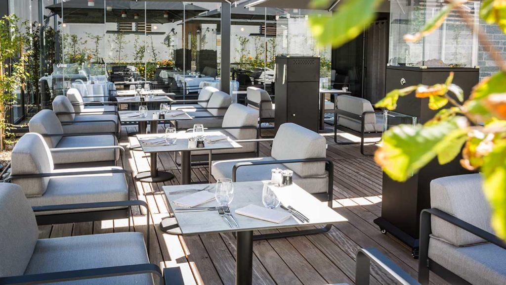 Restaurant Akashon Terrasse Bois Spacieuse
